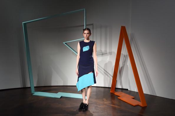 ZIMBIO Rejina+Pyo+Presentation+London+Fashion+Week+yK5k-iNcftXl
