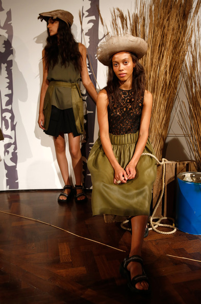Danielle+Romeril+Presentation+London+Fashion+Nv8NvibXfLhl