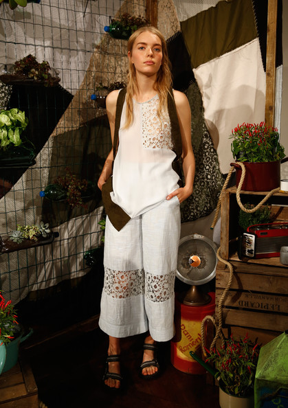 Danielle+Romeril+Presentation+London+Fashion+RHSYM5PeklOl
