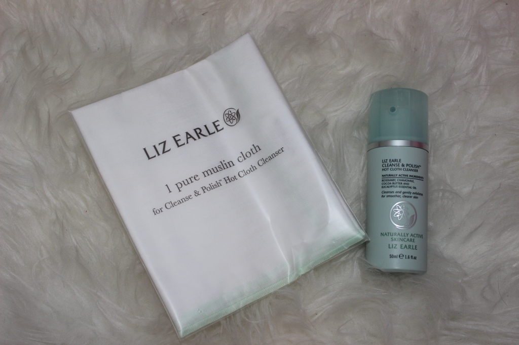 morning or evening cleanse, removes daily grime and make up to leave skin clean, soft and radiant, Cleanse & Polish™ Hot Cloth Cleanser, Luxury Beauty Products, The communication Store Firm, Beauty Con, Liz Earle Review, Liz Earle , Skin Care Products