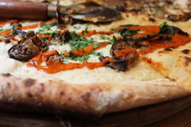 Neil's Yard, Home Slice, Pizza, London, Covent Garden,