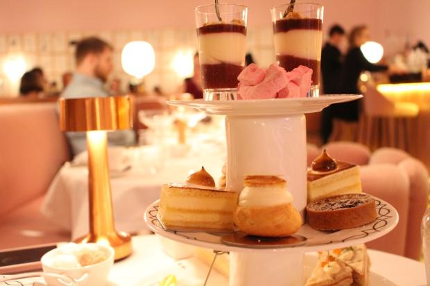 sketch afternoon tea blog, afternoon tea pink room, sketch pink room, pink tea room london, sketch afternoon tea review, the sketch london afternoon tea, sketch bar london, Sketch London