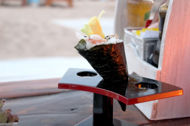 Calinfornia, Menu, Cocktail, 5 Star, Praia Da Rocha, Sun Loungers, Sea View, Oyster Bar, Sea View, Portimao Restaurants, Algarve, Portugal, Things to do, Luxury Beach Restaurant, Travel, Sangria at Portimao, Private Beach, club restaurant, Beauty Berry, Sushi