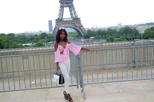 Travel Destination in Europe, Paris, Overrated Locations, International Destination, Overrated Monuments, Overrated Travel Destinations, Overrated Cities to Visit In Europe, Travel, Blogger, City of Love, I don't like paris, Underwhelming City,
