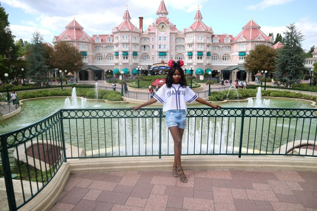 Disneyland Paris, OOTD, What to wear to Disneyland, Family holiday destination, Paris, France