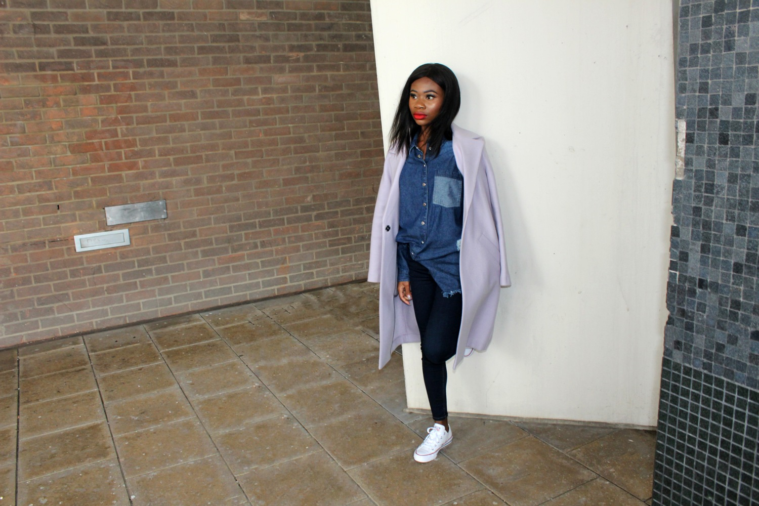 Outfit Ideas To Try From Instagram This Week, Outfit Inspiration, Outfit Ideas, Fall Fashion, Fashion, Street Style, Fashion Forward Fall, Style Inspiration, A/W buys, A/W wardrobe outfit, Canvas, River Island , Lilac Coat, How To Style, Denim on Demin, Long Coat, Red Lipstick, Petite Style Blogger, London Style blogger,